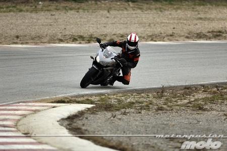 Honda CBR500R, prueba (conclusiones, vídeo y galería de fotos)