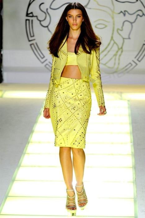 Foto de Versace Primavera-Verano 2012 (28/44)