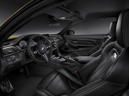 BMW M4 2014 - diseño interior