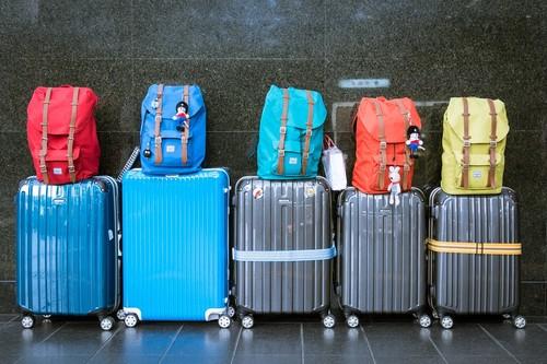 Los trucos que utilizan los viajeros españoles para no exceder los límites de equipaje de las aerolíneas