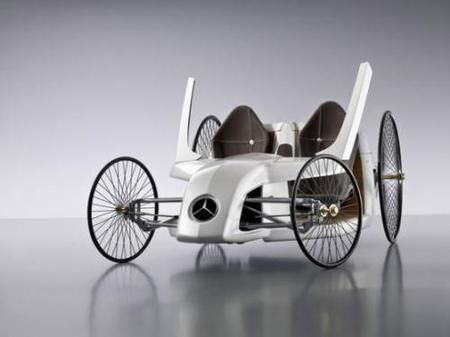 El F-CELL Roadster retro de Daimler y Mercedes Benz