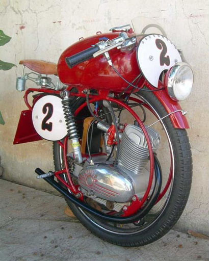 monociclos_agusta_monowheel.jpg