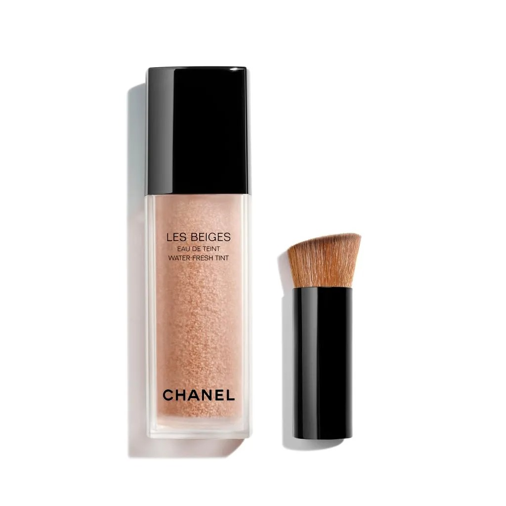 CHANEL LES BEIGES Agua de Maquillaje Fresca con Microburbujas de Pigmentos