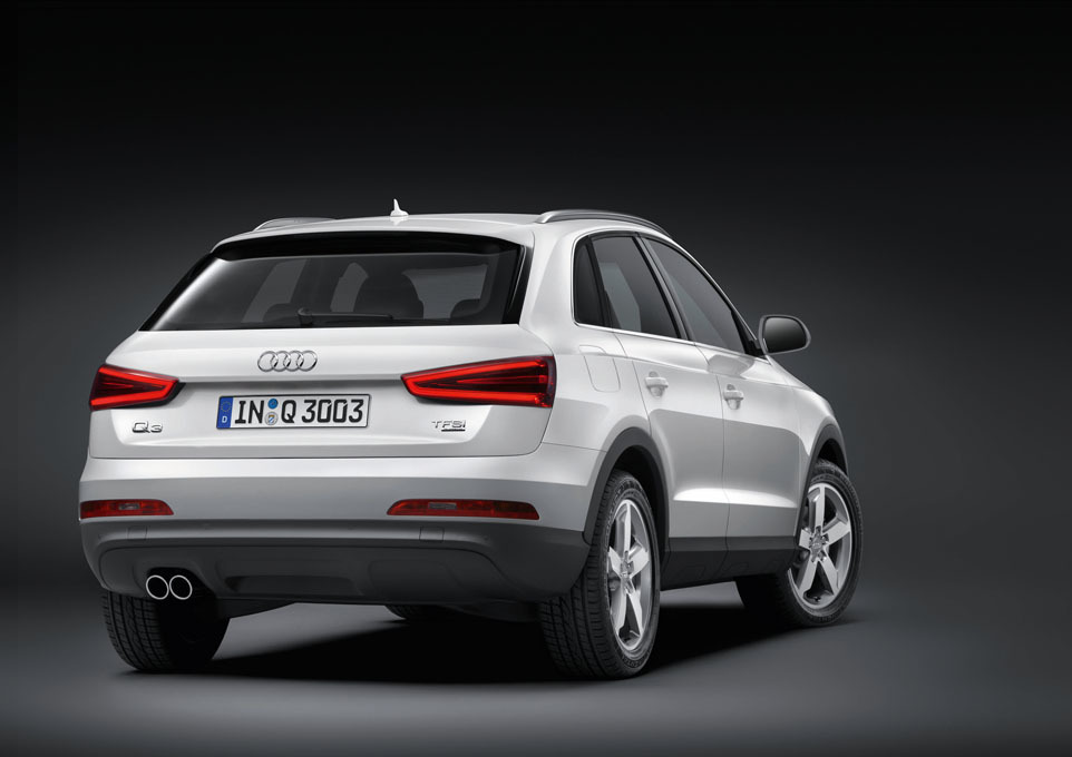 Foto de Audi Q3 oficial (24/31)