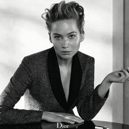Jennifer Lawrence al natural para el número de invierno de Dior Magazine