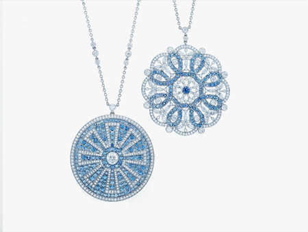 Tiffany presenta su colección Montana Sapphires a través de un animado caleidoscopio