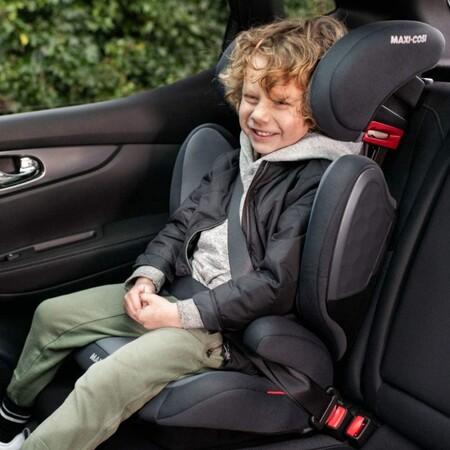 Apta para niños de 3 a 12 años, la silla de coche Maxi-Cosi Tanza Silla coche grupo 2/3 con Isofix puede ser nuestra por 104 euros en Amazon