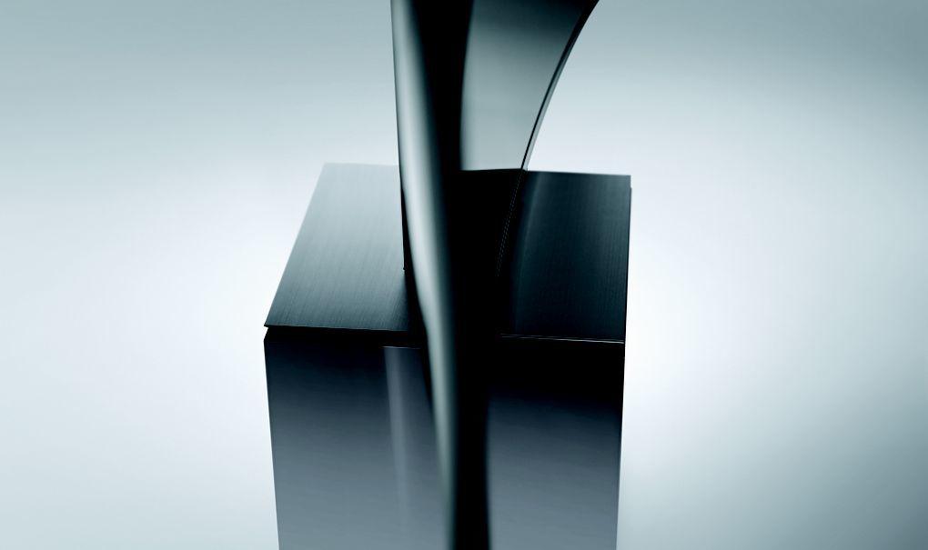 Foto de Samsung 82S9W SUHD, por Yves Behar (2/8)