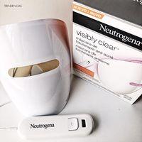 Probamos la máscara de Fototerapia Anti Acné de Neutrogena
