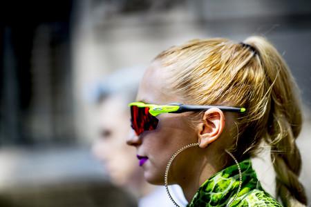 Es probable que Kim Kardashian sea una visionaria: las gafas de sol tipo ciclista son una realidad