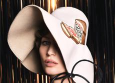 Gisele Bündchen protagoniza la nueva campaña de Loewe