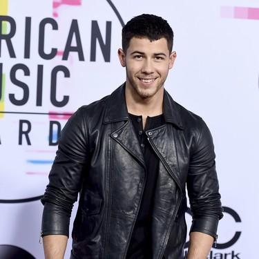 Los rockeros se van de gala: todos los looks de los Premios AMA de la Música