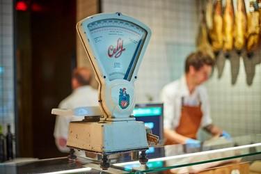 Espacios para trabajar: CARNico, una carnicería madrileña inspirada en los años 50