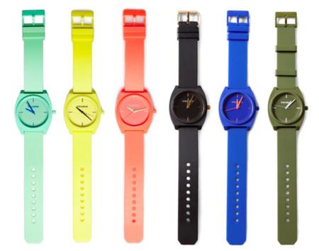 Always on time, la colección de relojes de Pull&Bear