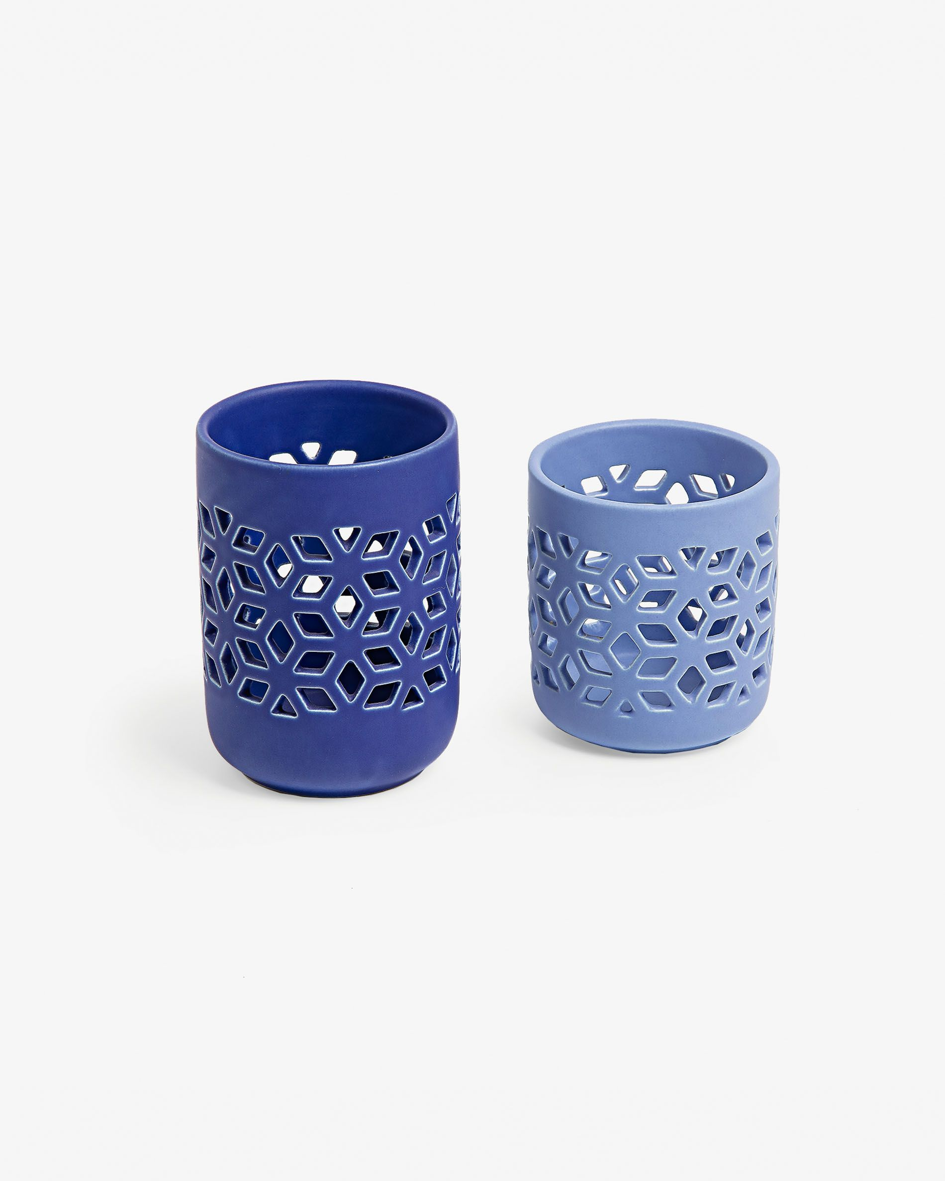 Set de dos portavelas de cerámica en azul