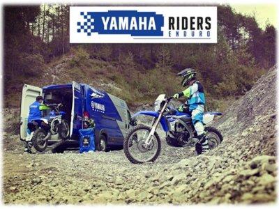 ¿Quieres sentirte casi como un piloto profesional de enduro? Pues conviértete en Yamaha Riders