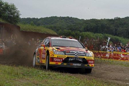 Rally de Japón 2010: Todo sin decidir a falta de la jornada del domingo