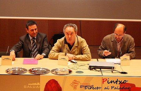Entrega de Premios Navarra Gourmet a los mejores blogs gastronómicos a mano de Ferran Adrià