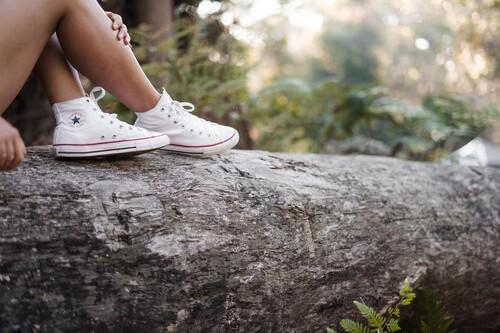 Las mejores ofertas en zapatillas de las rebajas de Converse: todos los clásicos con colores de primavera más baratos