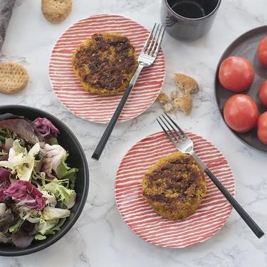 Hamburguesas de coliflor y quinoa con cúrcuma, la receta vegetariana que te conquistará