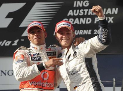 Hamilton y Rosberg, dos amigos en el podio