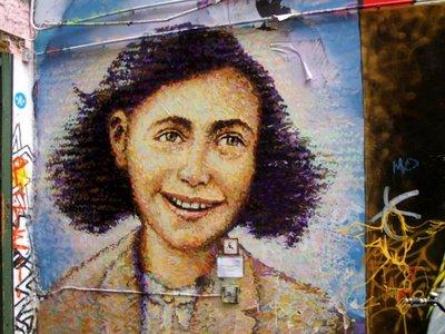 El centro Anna Frank pide a Facebook que elimine todas las páginas que nieguen el Holocausto