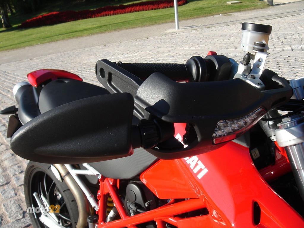Foto de Prueba Ducati Hypermotard (7/13)