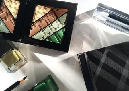 English Rose es la nueva colección de maquillaje de Burberry, ¿te atreves a dar color?