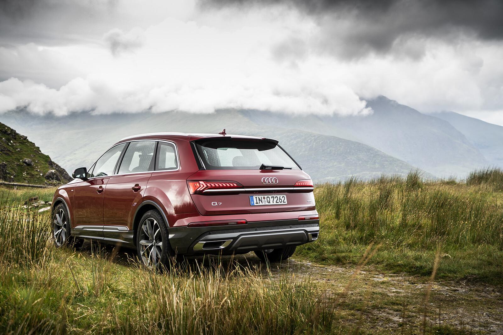 Foto de Audi Q7 2021 (24/30)