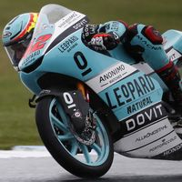 Marcos Ramírez consigue la primera pole position de su carrera en una caótica clasificación en Australia