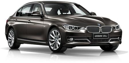 BMW Serie 3 híbrido y de batalla larga, novedades en Pekín