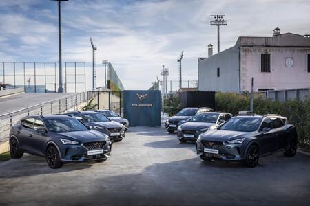 CUPRA entrega autos nuevos al equipo del FC Barcelona y Formentor es el preferido por los jugadores