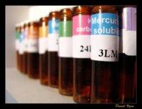 Homeopatía y otras terapias alternativas: efecto placebo y poco más