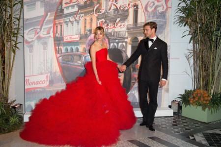 Beatriz Borromeo como una estrella de Hollywood en el Baile de la Rosa