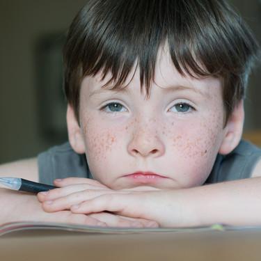 """""""Mi hijo tiene altas capacidades y se aburre en clase"""": cómo motivar desde el colegio a los alumnos superdotados"""