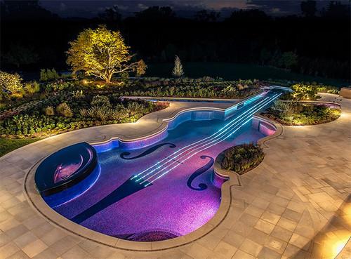 Las 7 piscinas más curiosas del verano