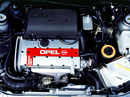Opel Calibra Turbo 4x4 motor