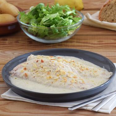 Receta de lenguado en salsa de limón, queso parmesano y almendras, para no limitarnos al pescado a la plancha