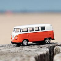 Cómo evitar los daños que ocasiona la sal, la arena y el calor si viajas con el coche a la playa