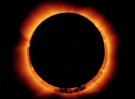 Consejos para ver y fotografiar el espectacular eclipse solar que estamos a punto de disfrutar
