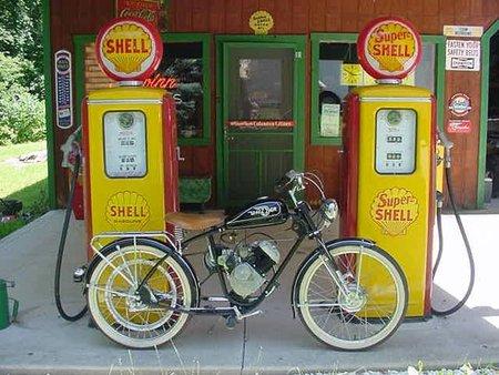 Whizzer, ciclomotor USA años cuarenta