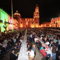 Zacatecas obtiene Récord Guinness por la cata de mezcal más grande del mundo
