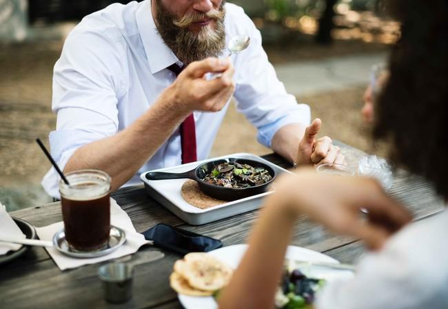 ¿Cuánto comes? Te decimos cómo calcular correctamente las porciones de alimentos en tu día a día