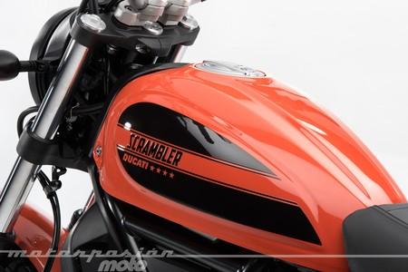 Scrambler Ducati Sixty2 Estudio 018
