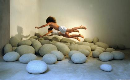 Cojines con forma de piedras