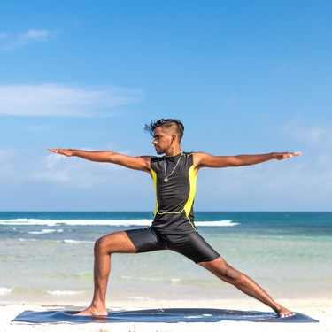 Nueve posturas de yoga para fortalecer tus extremidades