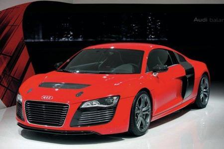 El Audi R8 e-Tron renueva su diseño antes de su llegada