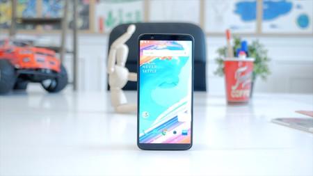 Ya puedes descargar los fondos de pantalla del OnePlus 5T para usarlos en tu móvil