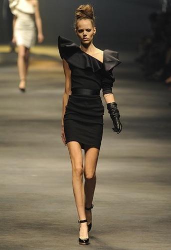 Lanvin, Primavera-Verano 2010 en la Semana de la Moda de París II