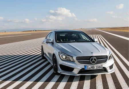El Mercedes-Benz CLA le está robando sus clientes al Camry y al Accord
